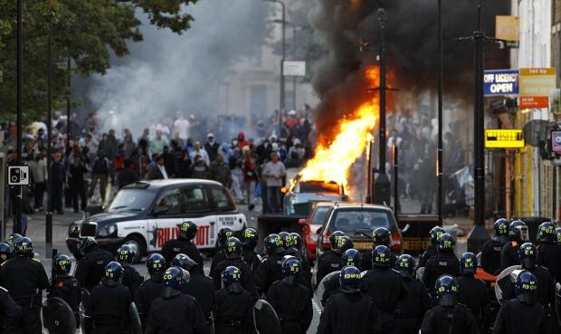 Hackney Central riot